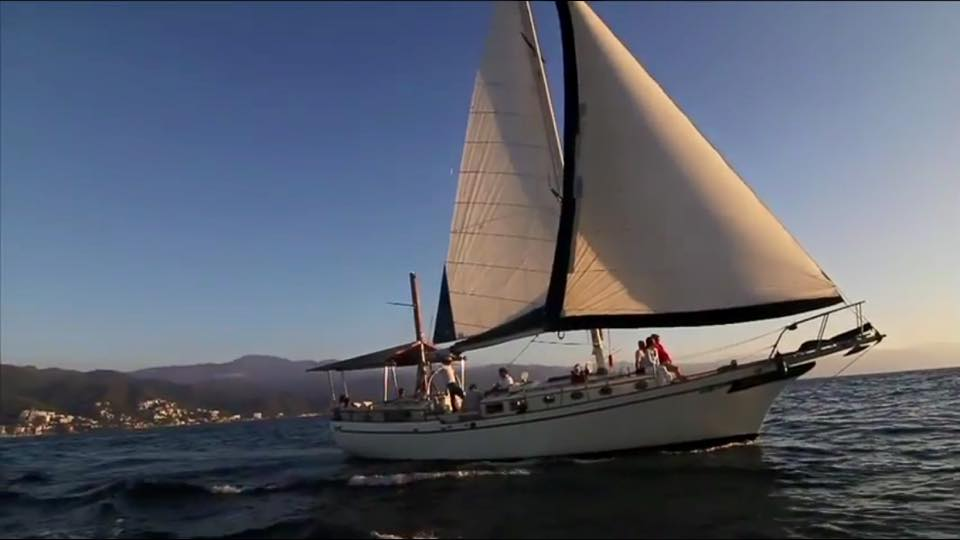 luxurious 45-foot ketch sailboat5