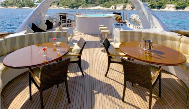 120 ft. Luxury Motor Yacht – Up to 20 People - with_hot_tub