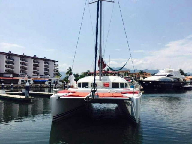 38 FT Lagoon Catamaran - Up to 20 People – (max. 8 to Marieta Islands)-Front-view