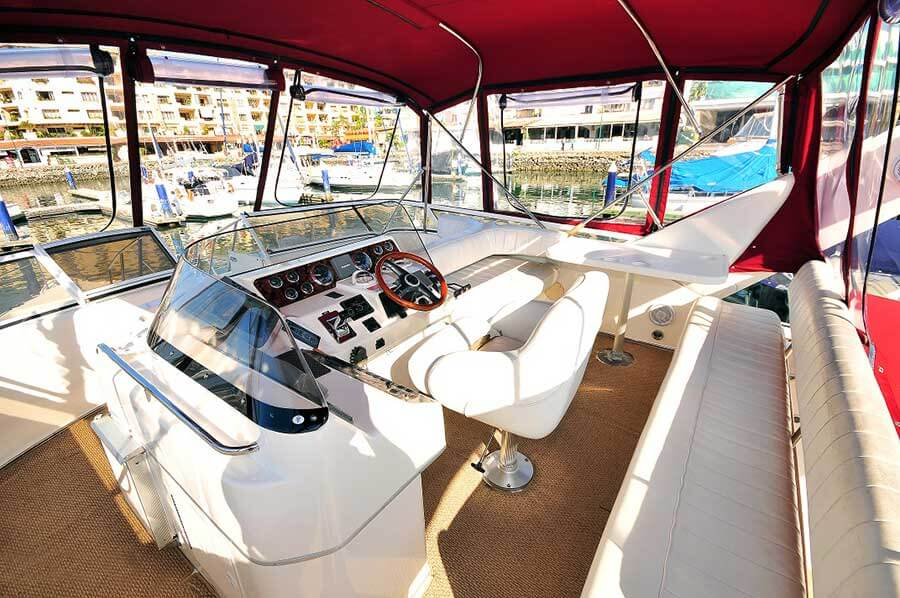 46-FT-Sea-Ray-Power-Yacht-Up-to-15-People-Party-time-Flybirdge-Bimini-full-seating-wetbar-and-centerline-helm