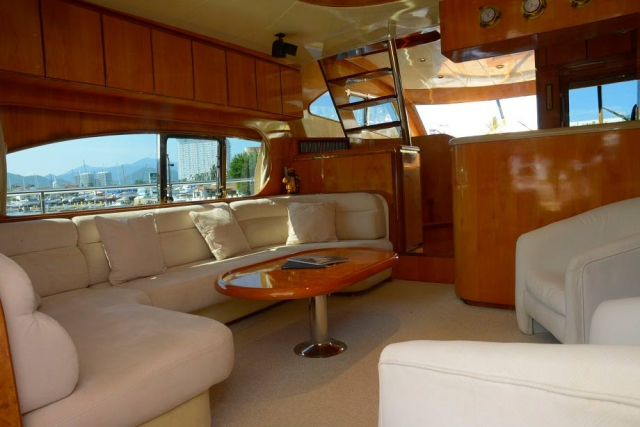 65-FT-Vitech-Power-Yacht-Up-to-25-People-Reception-and-Salon