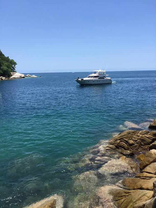 Full-Access-to-Secluded-Coves