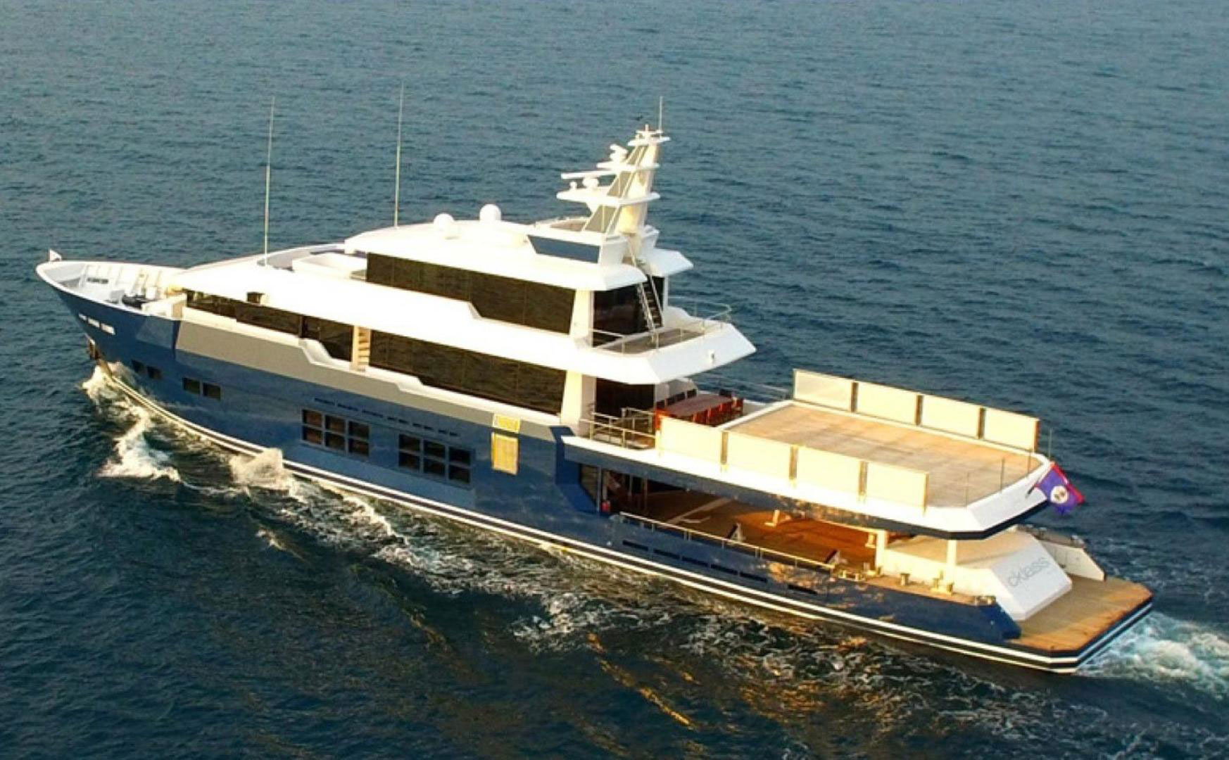 150-ft.-Luxury-Power-Yacht-–-Up-to-200-People-5