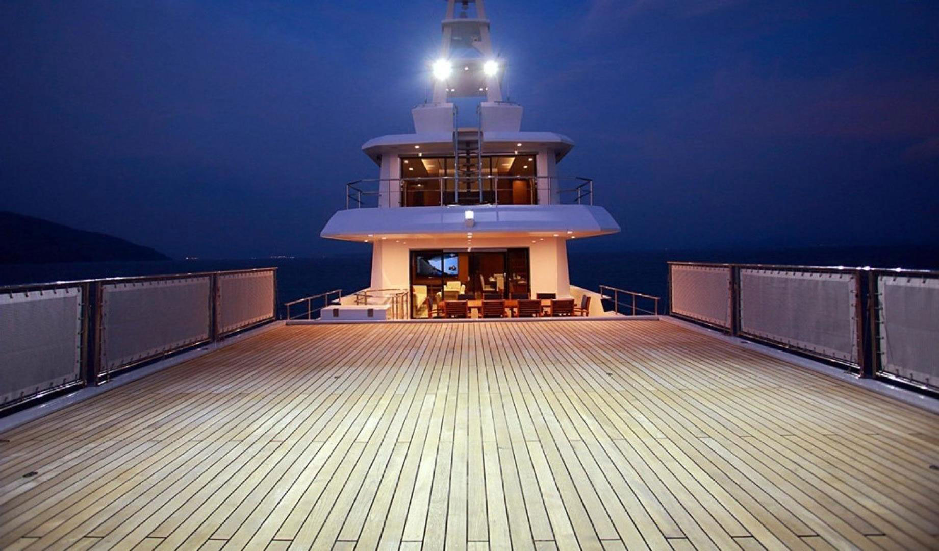 150-ft.-Luxury-Power-Yacht-–-Up-to-200-People -open-deck