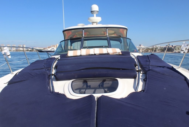 46 ft. Sundancer 420 – Luxury Power Yacht - Ample wide open Bow