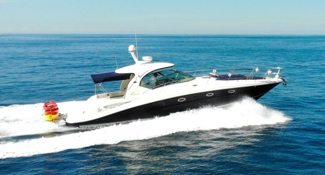 46 ft. Sundancer 420 – Luxury Power Yacht